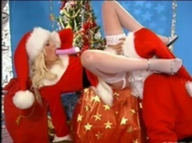 Дед Мороз подарил куни начальнице